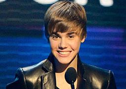 Justin Bieber objavio novi singl sa Chrisom Brownom